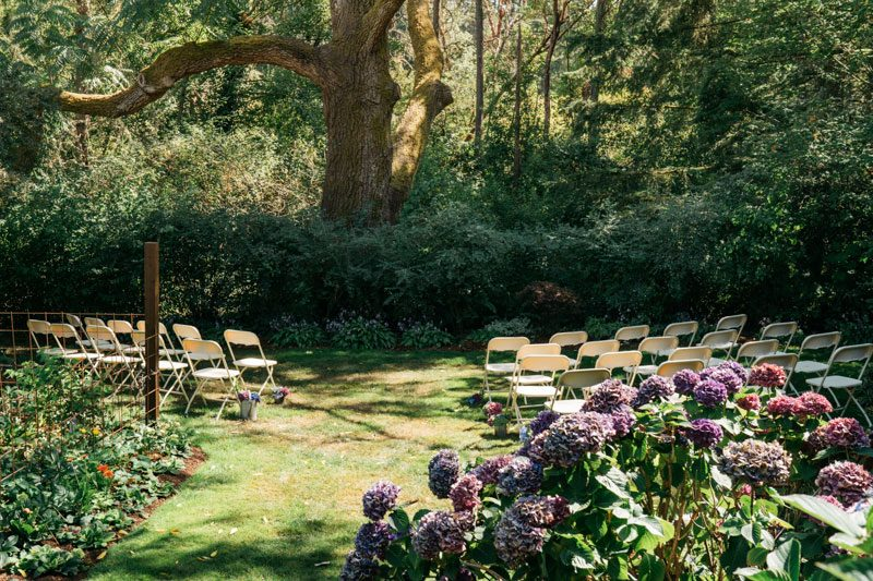 A seriously delightful backyard wedding in Washington with Sister Unity officiating