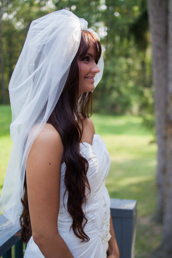 What's new & chic in unique wedding veils?
