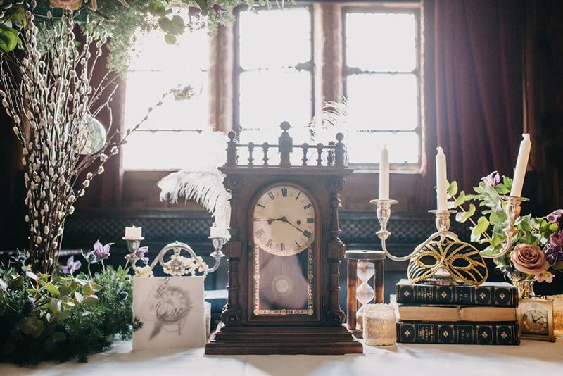 A same-sex Labyrinth wedding inspiration shoot that moves the stars for no one