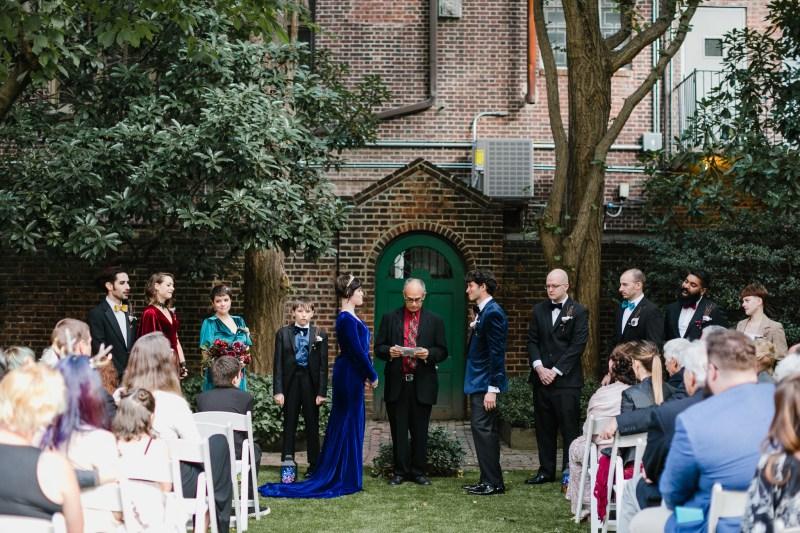 Velvet, vegans, & Vincent Price: a moody goth-lite wedding