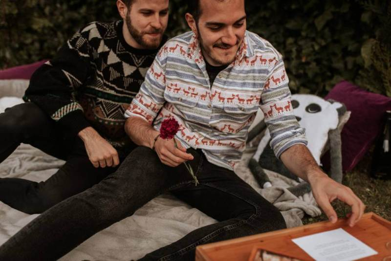 Let's relive a seriously sweet surprise proposal at this engagement shoot in Spain