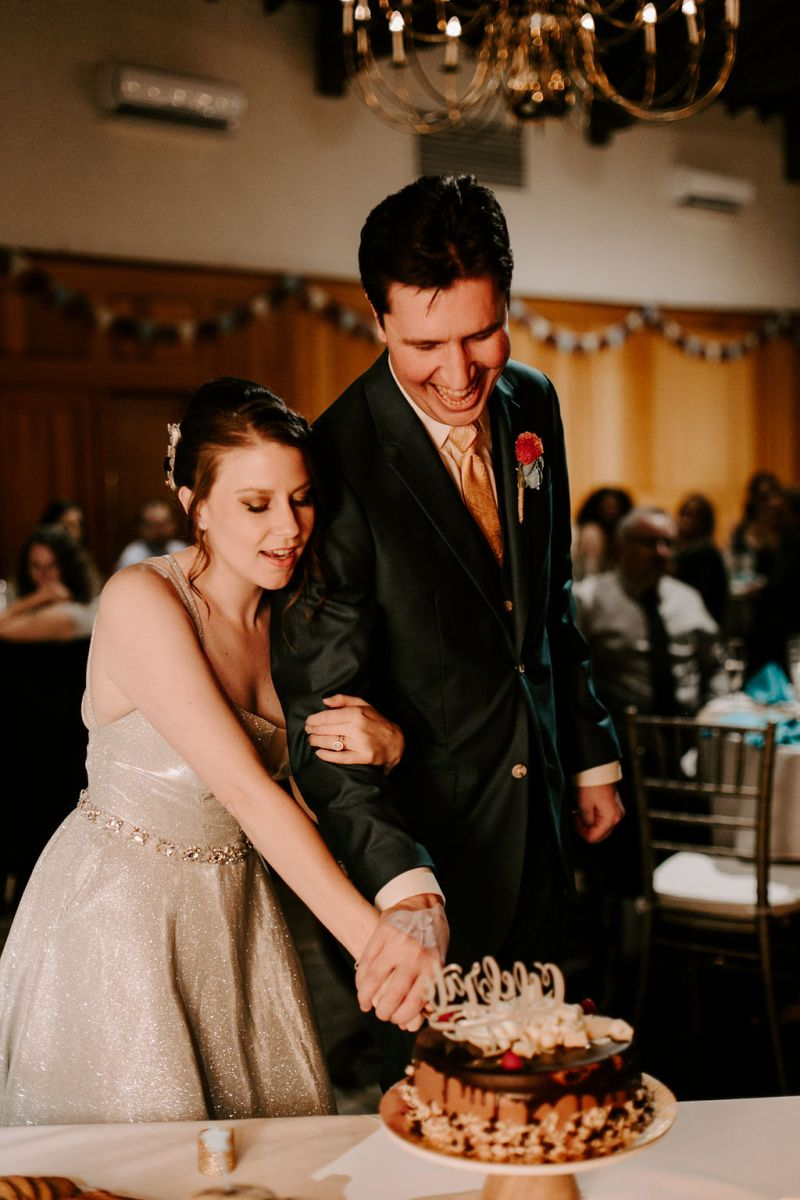 A colorful dinos & games wedding in Pasadena (with a petting zoo!)
