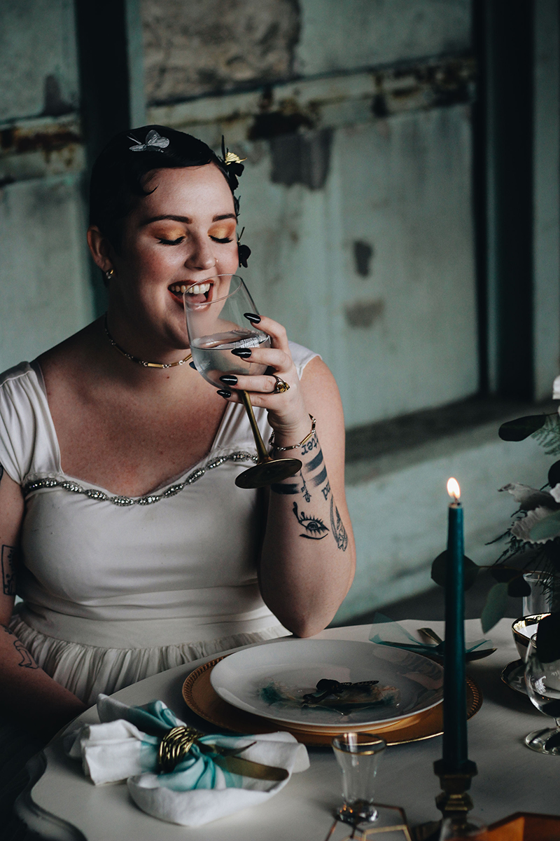 Who knew a insect-themed wedding could be one of the most beautiful & avant garde EVER