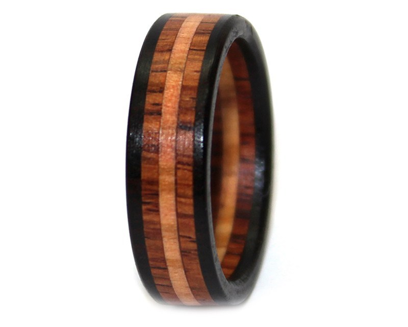These chic wooden wedding rings are our newest obsession & totally budget-friendly