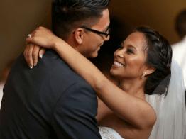 7-modern-aisles-couple-dancing