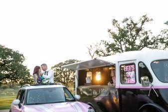 TheMetro-Drive-Through-Weddings-208