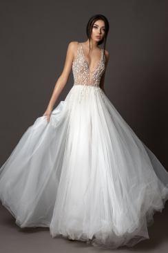 DressesDioma wedding gowns on Offbeat Bride (5)