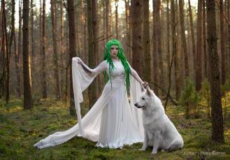Gothic wedding dresses by WulgariaStore on Offbeat Bride (4)