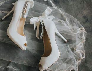 Nina Shoes on Offbeat Bride (8)