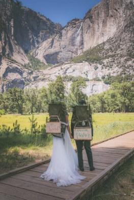 yosemite-hiking-elopement-seeking-venture-photo