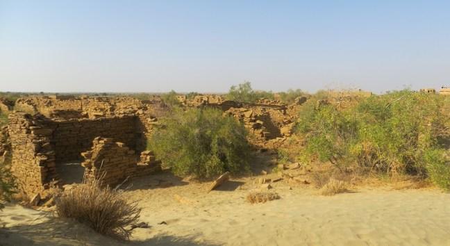 Places to visit and Top Things to do in Jaisalemer rajasthan Tourism: Fort, Havelis & Desert Safari, Jain Temple, Kuldhara Village, Sam Sand dunes, Desert Festival