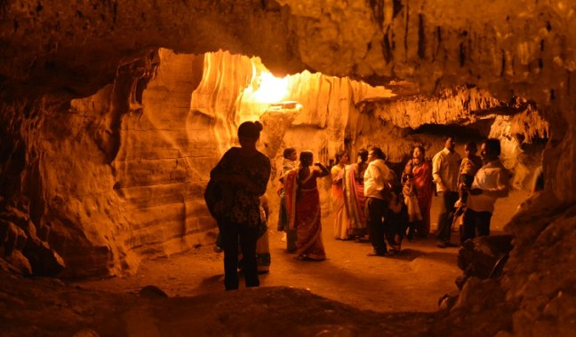 Belum Caves, Hotels near Belum caves, Bangalore to Belum Caves, Gandikota fort and canyon, Haritha Hotel, Andhra Pradesh Tourism, second largest cave in India, Bellam Caves, Kurnool caves