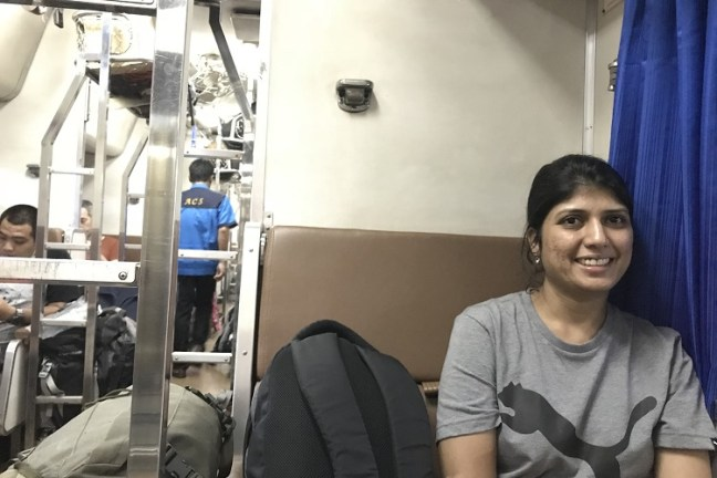 Bangkok-Chiang Mai Train travel with Thailand Railways – Train Schedule, Night train and Thailand railways online ticket booking for trains from Bangkok Hua Lamphong Railway Station to Chiang Mai