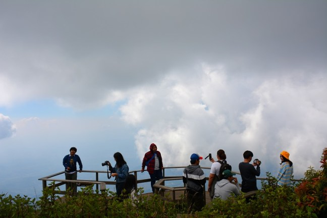 View Point at Kew Mae Pan Nature Trail (เส้นทางศึกษาธรรมชาติ กิ่วแม่ปาน) Doi Inthanon National Park Thailand is an amazing 3 km hiking trail. Experience rainforest, grasslands, waterfalls and beautiful Rhododendron flowers – One of the top places to visit in Chiang Mai - Motorbike backpacking trip across Mae Hong Son Loop, Thailand