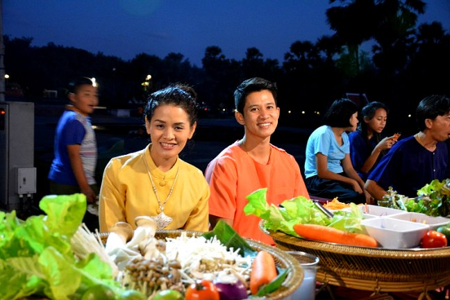 Night Food Market at Sukhothai Historical Park (Angkor Wat of Thailand) tour blog with details for opening hours, entrance fee and how to get there -Thailand back-packing trip