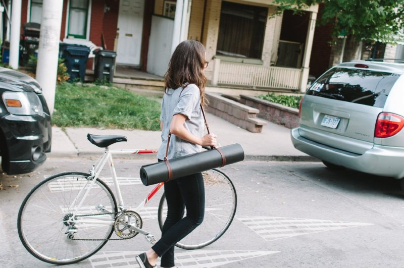 Fyxation Leather Yoga Mat Holder, Brown
