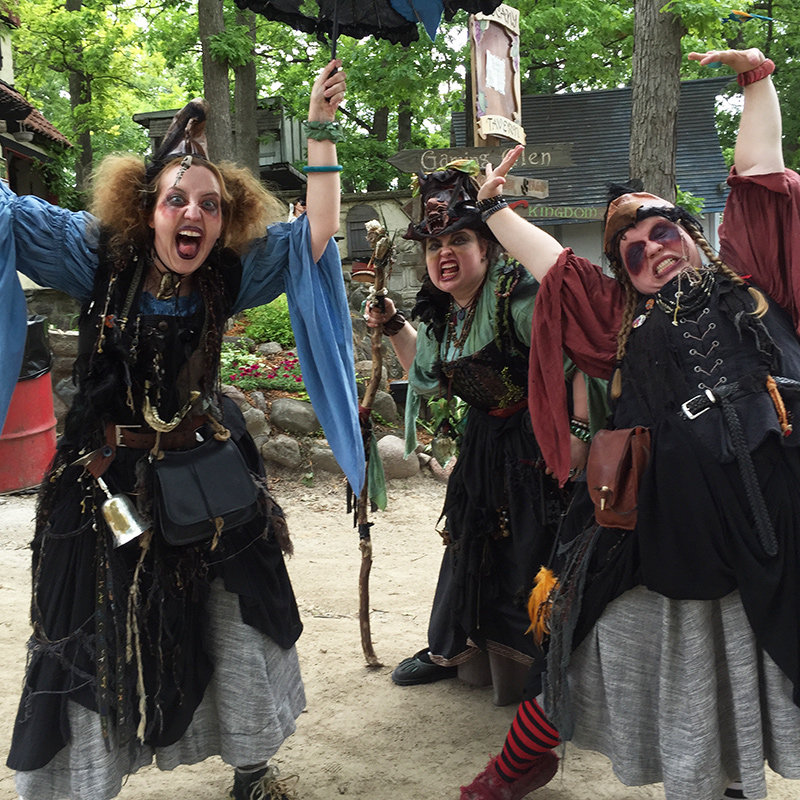 What to expect at your first Renaissance faire from @offbeathome