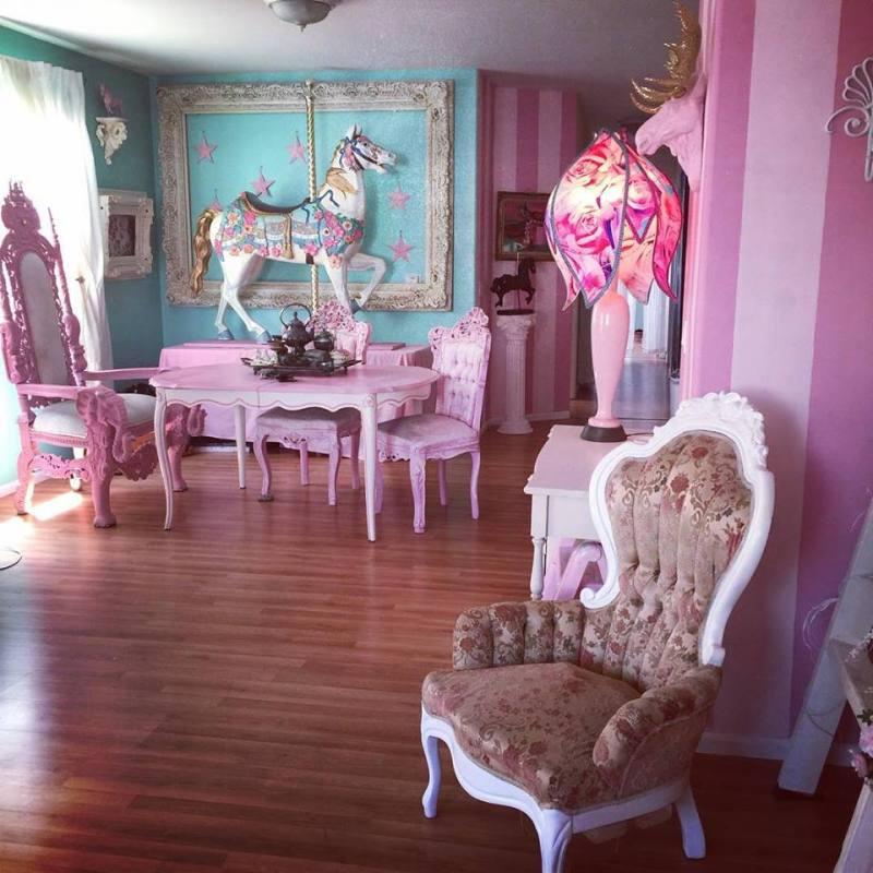 kelly eden doll house tour