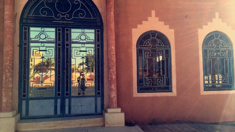 Hi, from a mirrored door in Morocco!