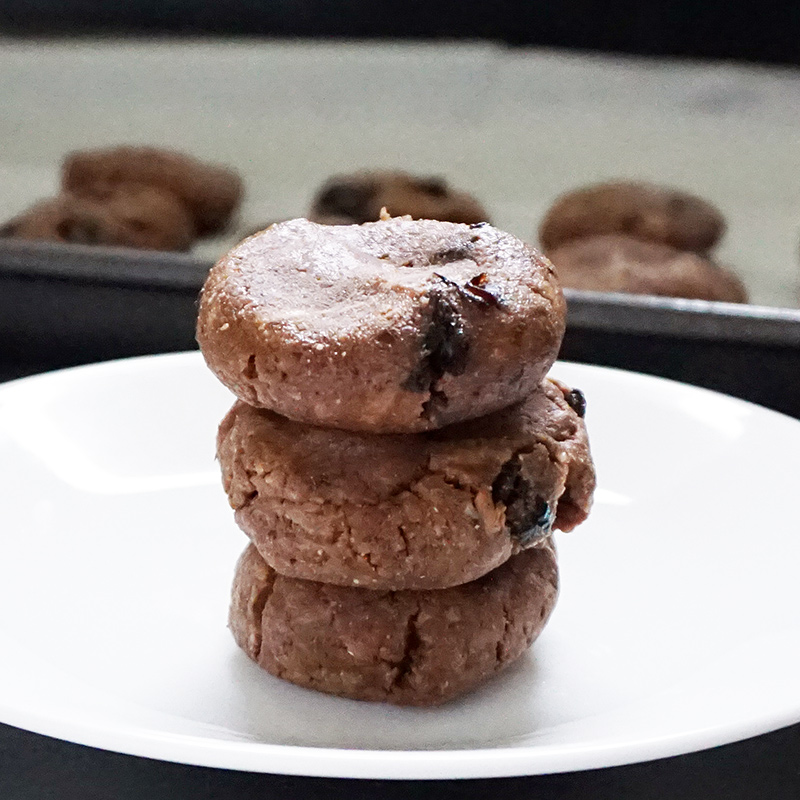 Esay no-bake protein snacks as seen on @offbeathome