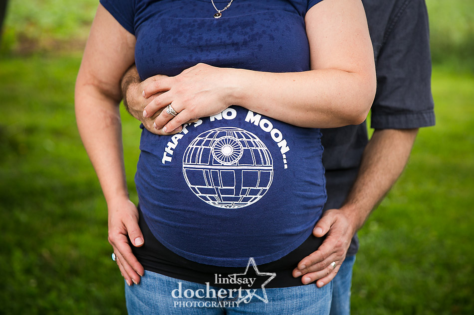 No place to hide at this horror geek maternity shoot guest starring Jason Voorhees