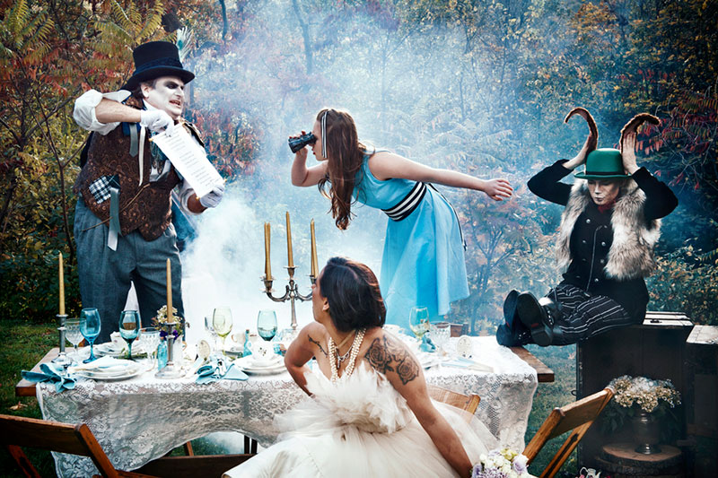 """Enter the looking glass into this """"Alice in Steamland"""" party inspiration"""