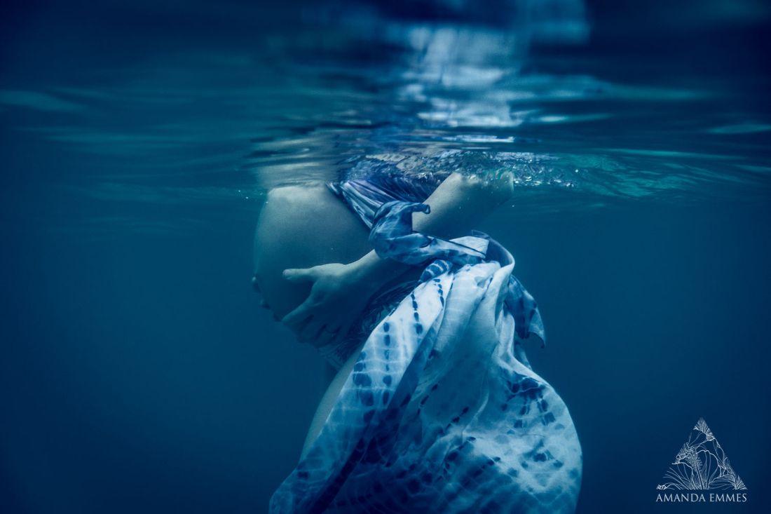 How underwater maternity photos helped me enjoy my pregnant body