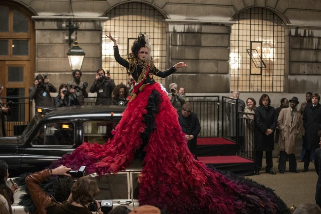 "'Cruella' Review: Emma v. Emma In A Delightfully ""de Vil-ish"" Crime Caper"