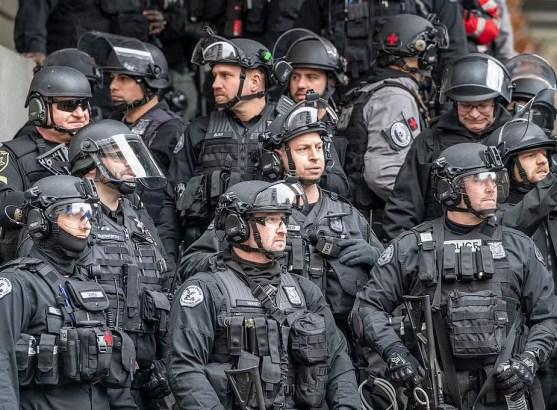 riot squad quits