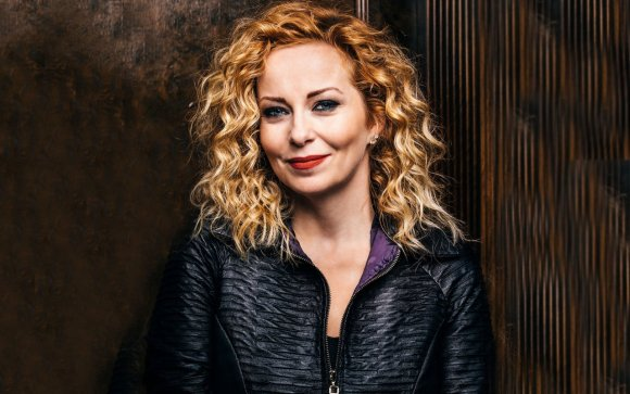 Anneke van Giersbergen Video Interview