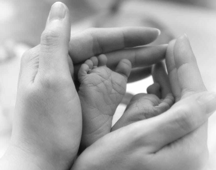baby-feet-hands-baby-hand-53193.jpeg
