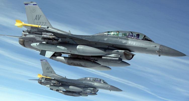 f-16 d training
