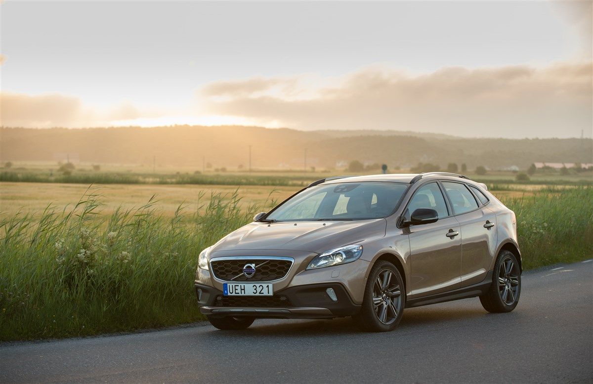 Volvo - Cross country 1.6 d2 business - 1595234 - Resicar - 04