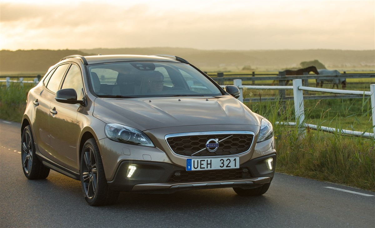 Volvo - Cross country 1.6 d2 business - 1595234 - Resicar - 06