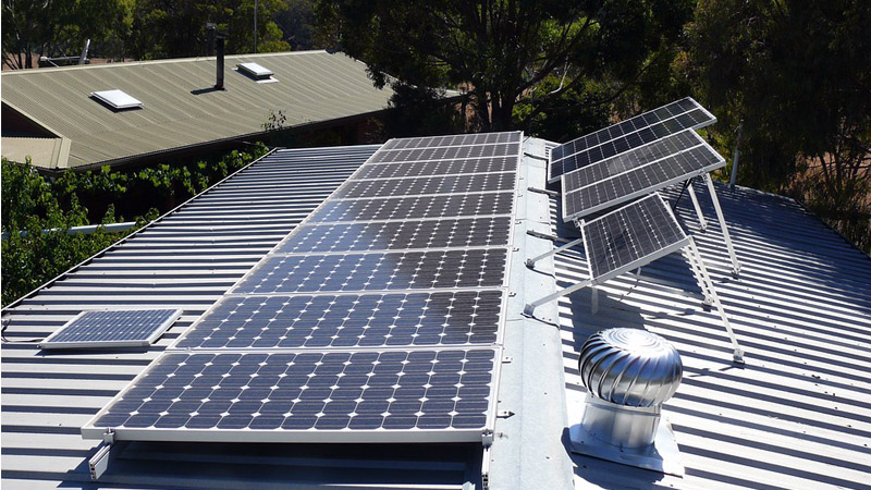 Residential Off-Grid Solar Power Systems