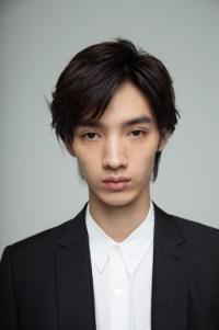 https://i2.wp.com/office-saku.com/img/artists/new_actors/hiroya_shimizu/01.jpg?resize=200%2C301