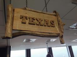 六本木ヒルズのクルーズ株式会社 CROOZ, Inc.さんのオフィスを見学させていただきました。