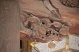 木彫りのウサギ