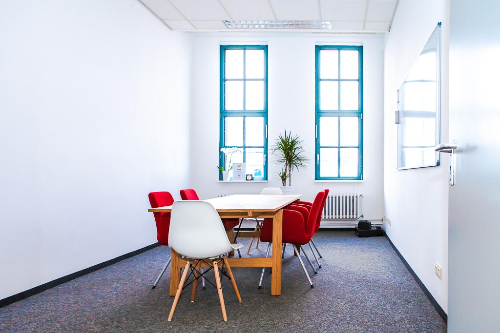 officedropin inventorum Andreas Lukoschek andreasl.de 2 1024x683 Have a Glance at Inventorums Berlin Office
