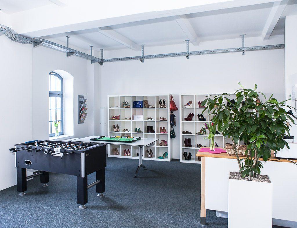 officedropin just fab Andreas Lukoschek andreasl.de 10 1024x784 Inside of Just Fabs Berlin Office