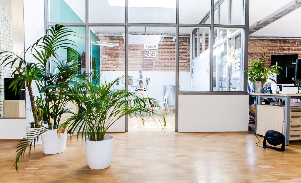 officedropin wooga Andreas Lukoschek andreasl.de 12 1024x623 A Tour of Woogas Berlin Office