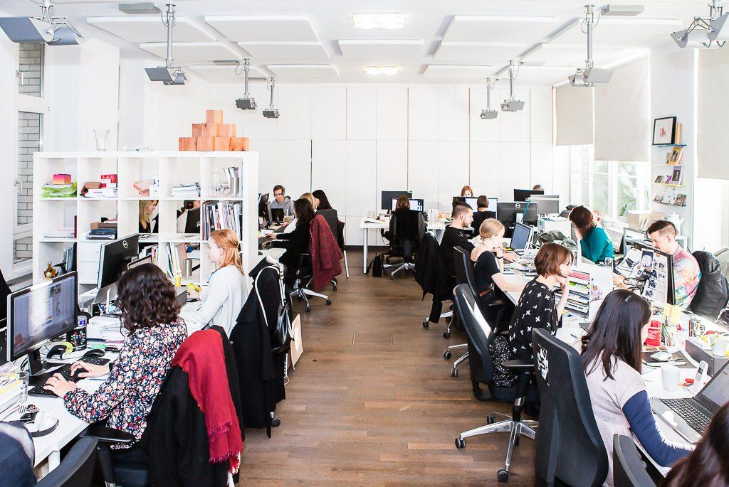 Officedropin com monoqi Andreas Lukoschek andreasL.de 1 1024x685 A Tour of Monoqis Berlin Office