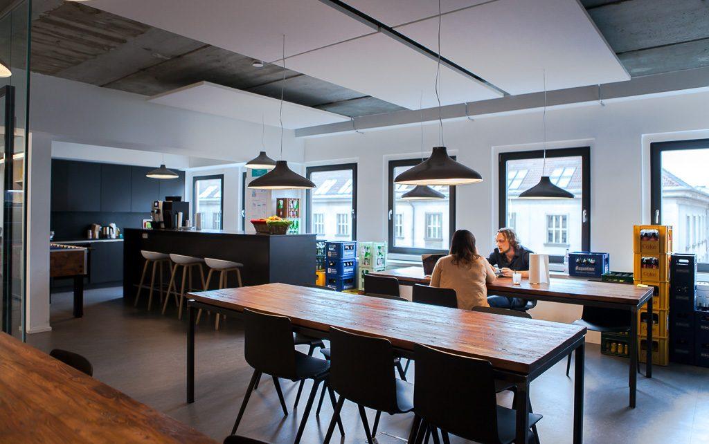 officedropin number 26 Andreas Lukoschek andreasL.de deutsche startups.de 10 1024x642 Have a Look at Number26s Berlin Office