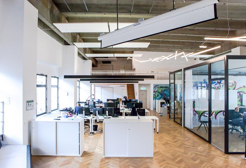 officedropin number 26 Andreas Lukoschek andreasL.de deutsche startups.de 4 1024x701 Have a Look at N26s Berlin Office
