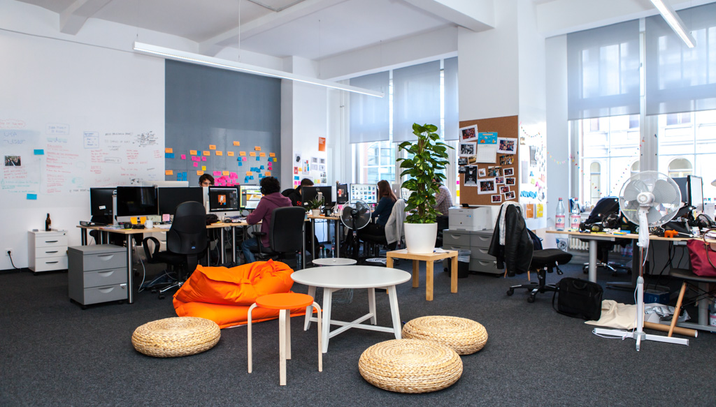 Babbel officedropin.comRAW 9 1024x583 A TOUR OF BABBELS HQ OFFICE IN BERLIN