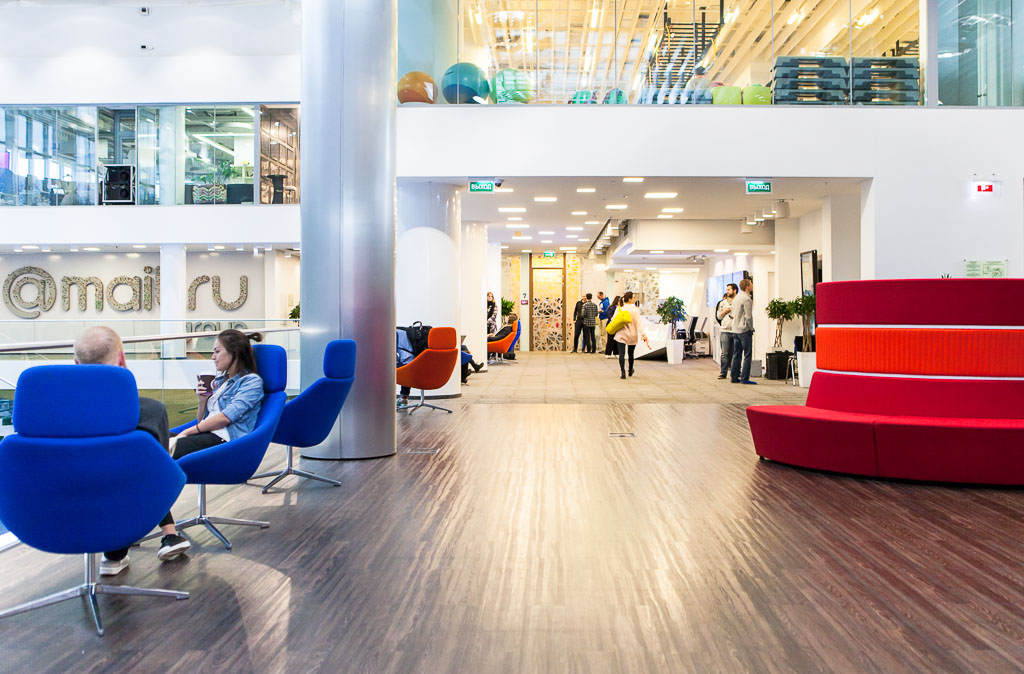 Mail.ru my.com vk.net officedropin.com 29 1024x674 A TOUR OF MAIL.RU GROUPS SUPER COOL OFFICE TOWER IN MOSCOW