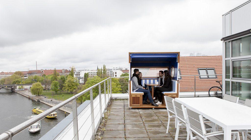 Solaris Bank officedropin 6544 1024x573 A Tour of solarisBANKS OFFICE IN BERLIN