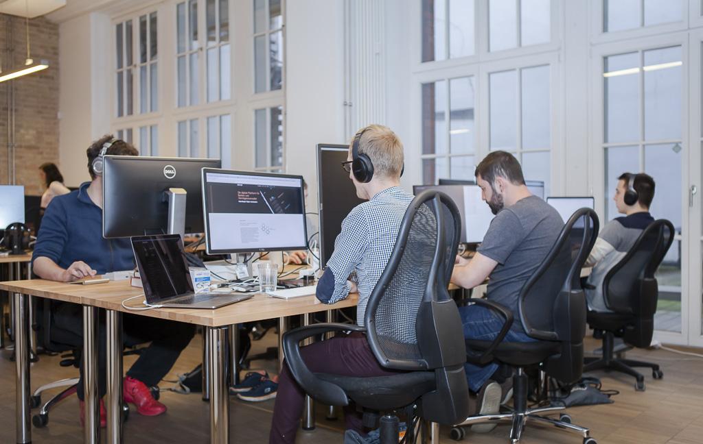 Elinvar Officedropin 0094 1024x648 HAVE A LOOK AT ELINVARS OFFICE IN BERLIN