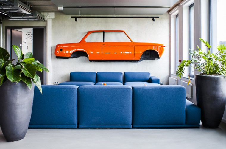 Scout24, Office, München, Munich, Officedropin.com, working, orange, car