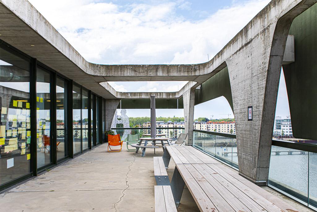 porsche officedropin 4943 A TOUR OF PORSCHE DIGITAL LAB IN BERLIN